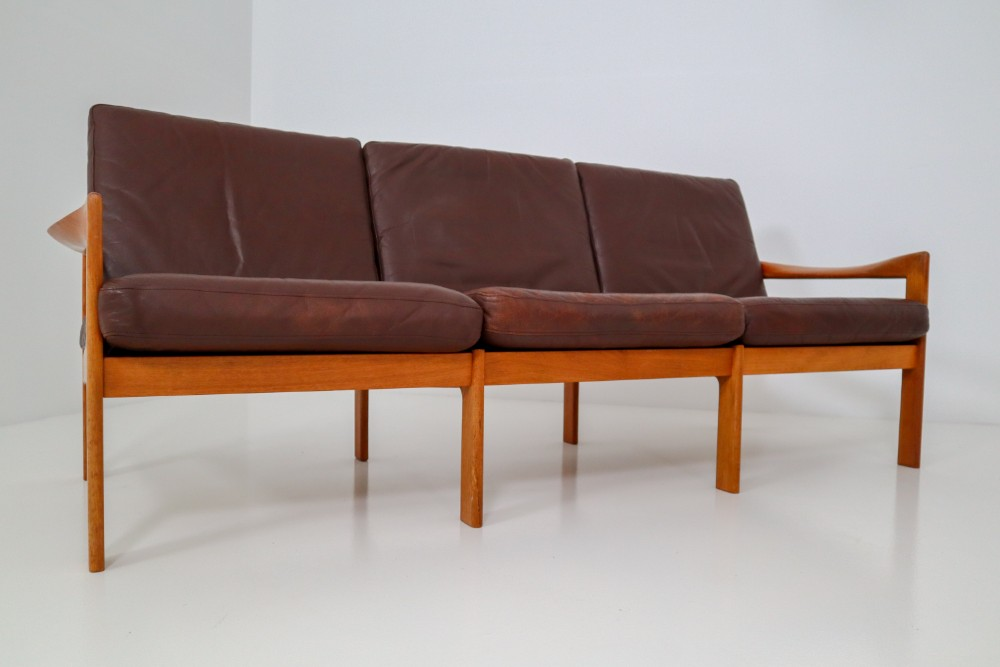 Astonishing Scandinavian Modern Leather Wood Illum Wikkelso Three Seat Unemploymentrelief Wooden Chair Designs For Living Room Unemploymentrelieforg